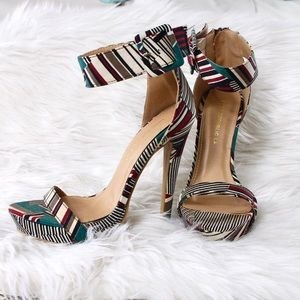 Shoes - Tropical High Heel Shoes Size 7